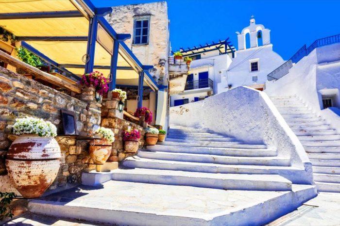 Νάξος – Πάρος * Λευκά βότσαλα στο Αιγαίο